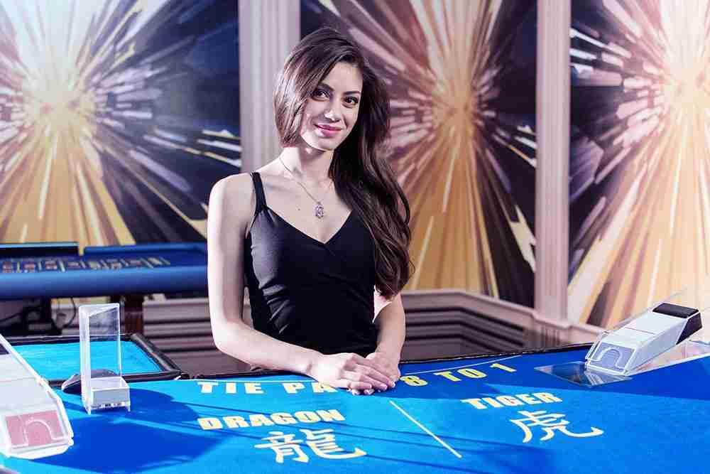 Dragon Tiger nettikasino peli on kuin tehty livekasino pelaajia varten. Jokainen kasino haluaa tälläisen nopean live Casino pelin.